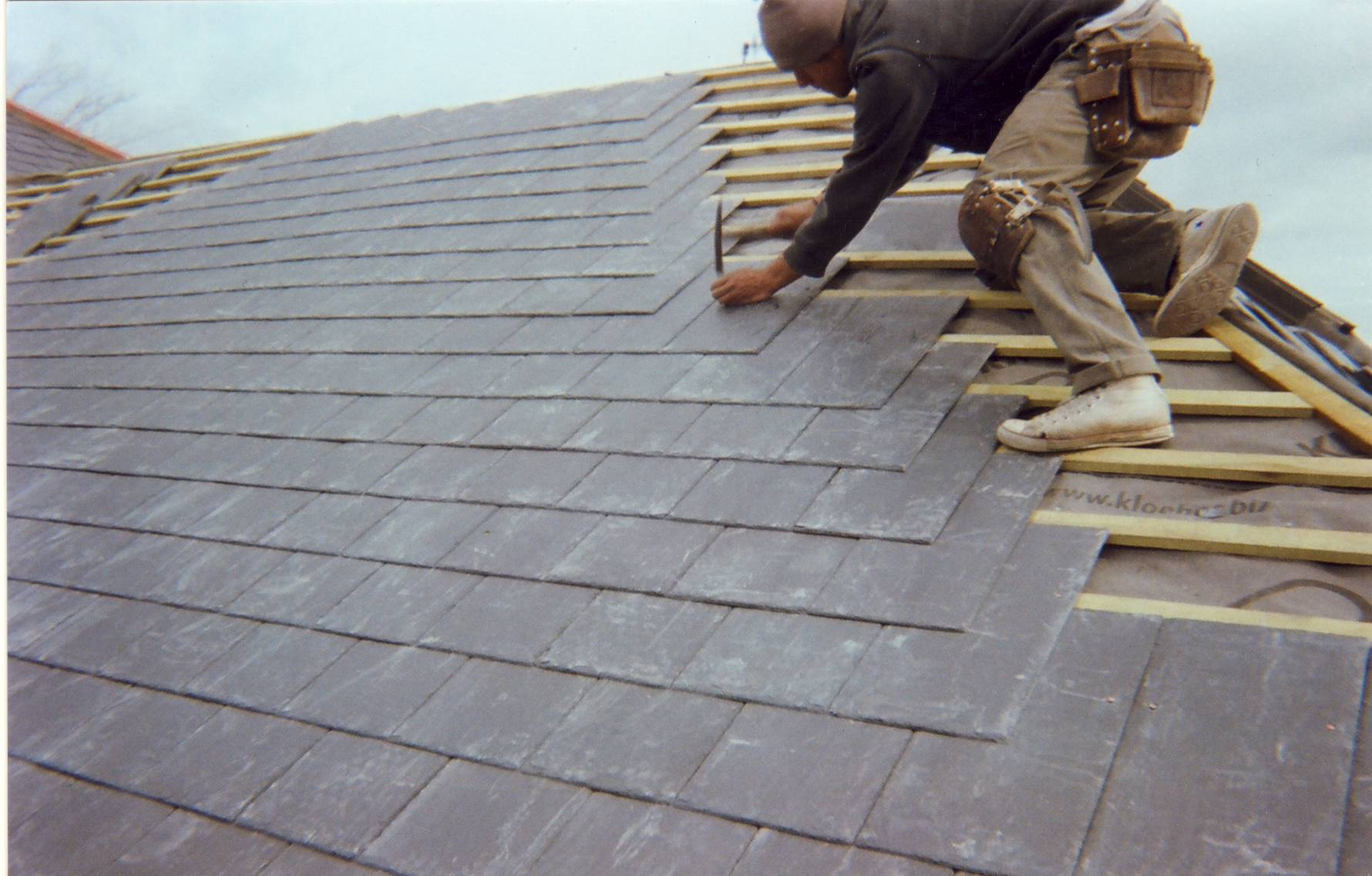 Check a Roofing Contractor's Credential